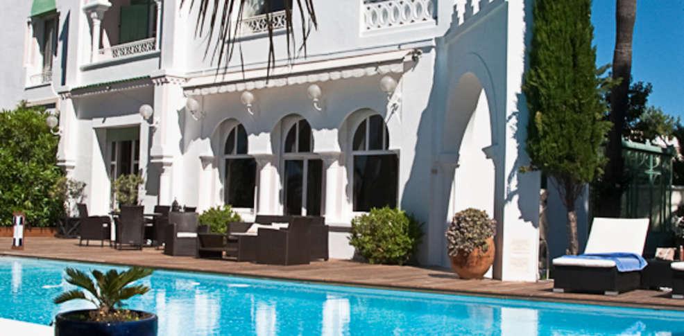 Villa mauresque saint rapha l france for Reservation hotel paca