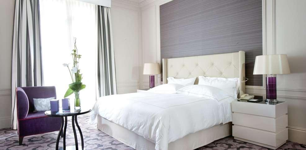 Hotel Trianon Paris France