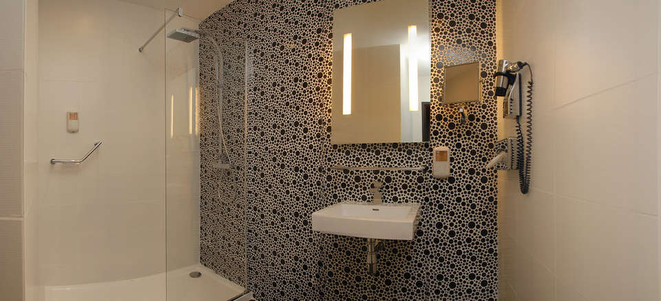 Kyriad Prestige Perpignan Centre Del Mon - salle de bain