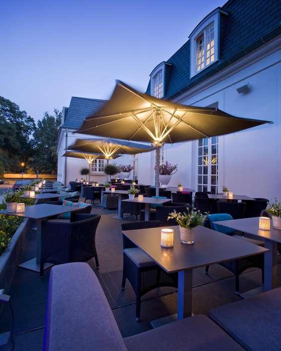Hotel Van der Valk Brugge Oostkamp - Terrace