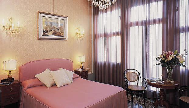Atmósfera romántica en el centro histórico de Venecia (a partir de 2 noches)