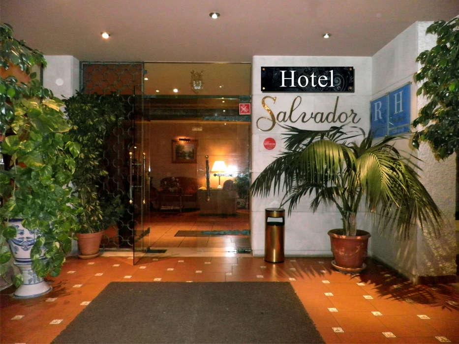 Hotel Salvador - Hall.jpg