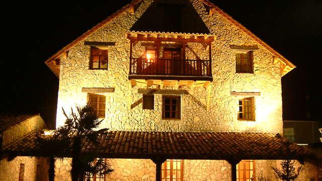 Escapada con cena, spa privado y bañera hidromasaje en la habitación en los Huertos de Moya (Cuenca)