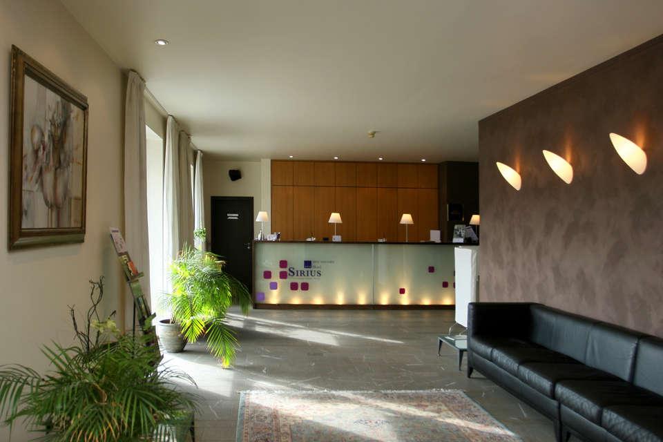 Hôtel Sirius - Entry