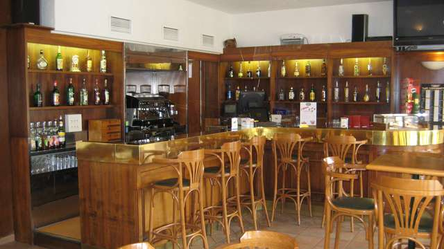 L Atrachjata - Bar