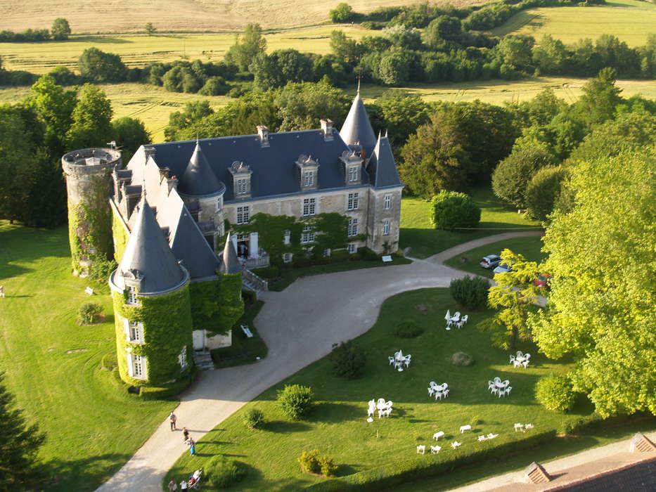 Château de La Côte - A2_Le_chateau_vu_du_ciel.jpg