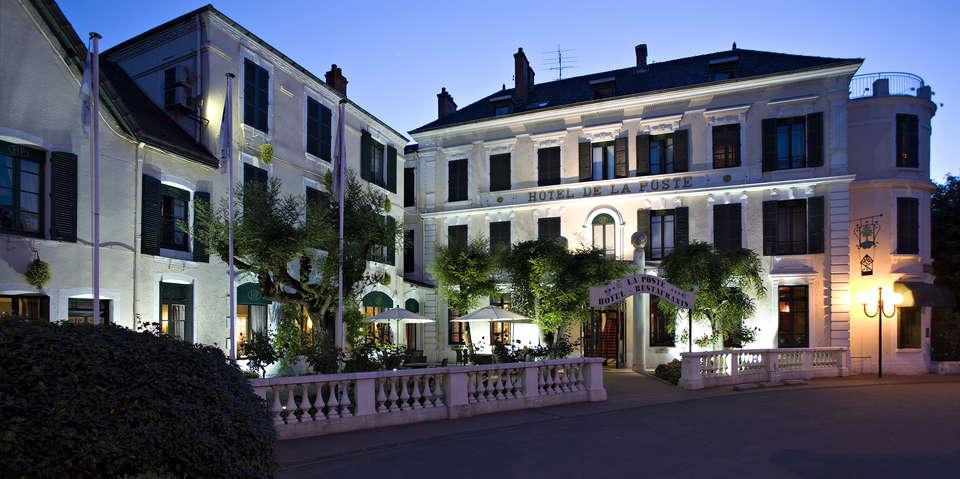 Najeti Hôtel de la Poste  - Façade