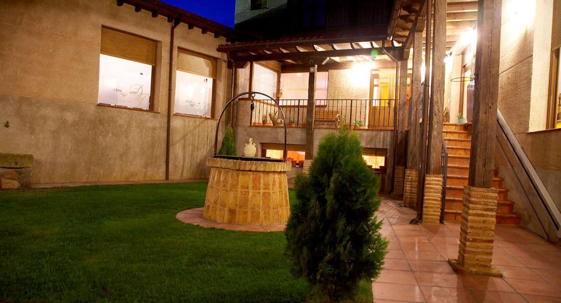 El Rincón de Doña Inés - Patio