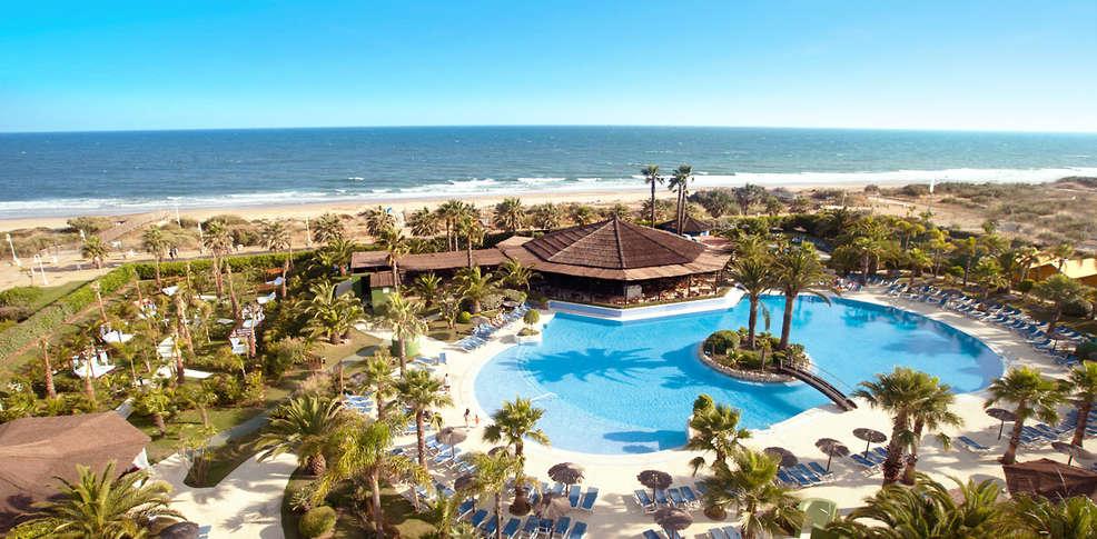 Hotel oasis islantilla 4 isla cristina espa a for Hoteles en algeciras con piscina