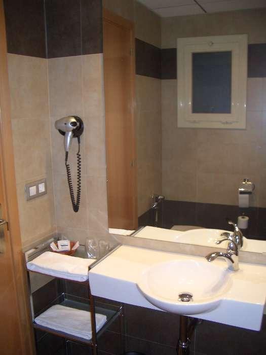 Hotel Pere III El Gran - Imagenes001_011_jpg