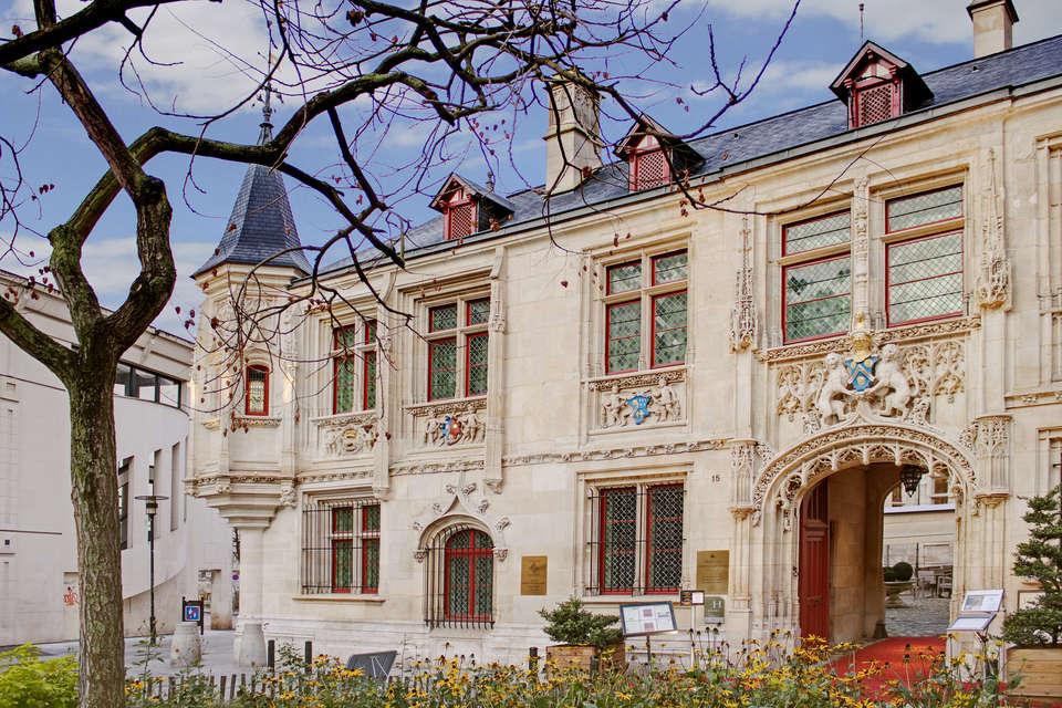 Spa-Hôtel de Bourgtheroulde - 6594_hotel_de_bourgtheroulde_20111219_comm_facade_004_r_jpg