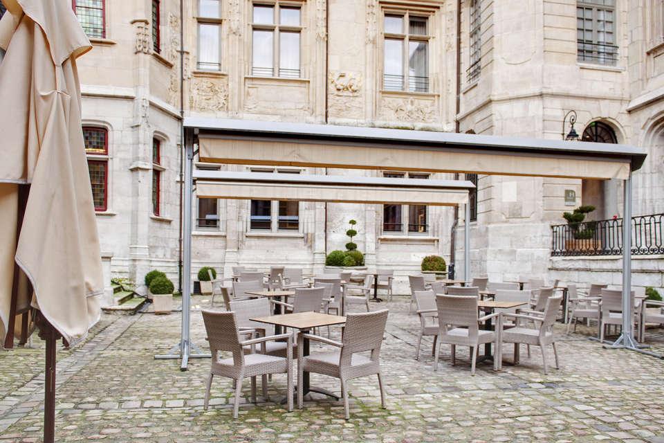 Spa-Hôtel de Bourgtheroulde - 6594_hotel_de_bourgtheroulde_20111219_comm_terrasse_004_r_jpg