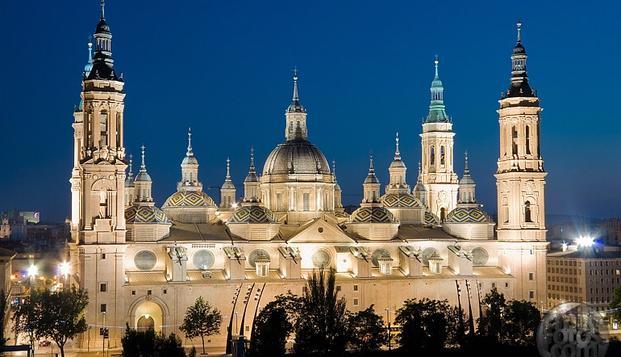 Disfruta de Zaragoza y de todas sus maravillas en un apartamento para 4 personas