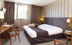 h tel plaza site du futuroscope 4 chasseneuil du poitou france. Black Bedroom Furniture Sets. Home Design Ideas