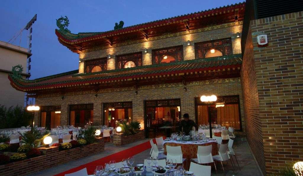 Hotel dinast a 3 getafe espagne for Terrazas nocturnas madrid