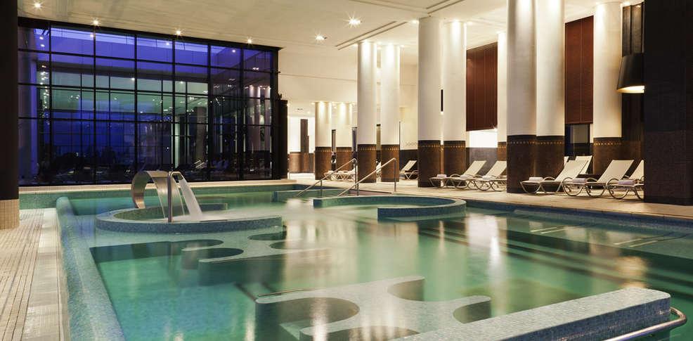 Hotel A Chantilly Avec Spa
