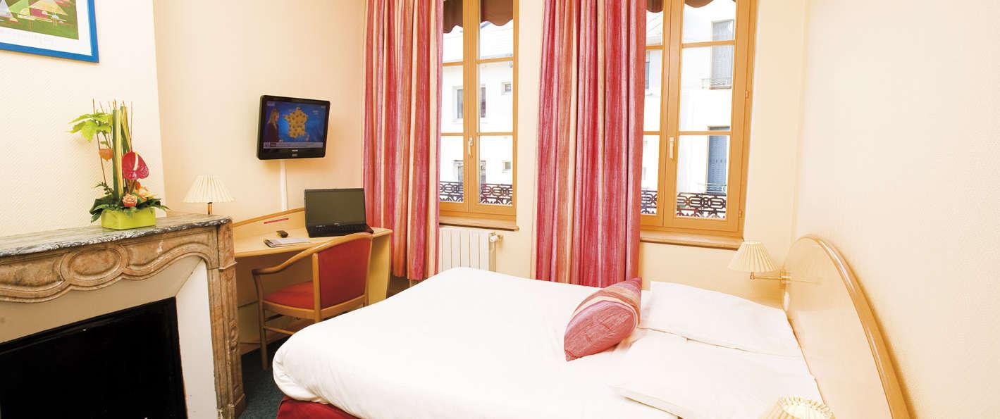 Hôtel des Oliviers - Standard room