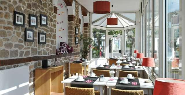 Hotel The Originals La Baule-Escoublac Le Saint Pierre (ex Inter-Hotel) - Breakfast