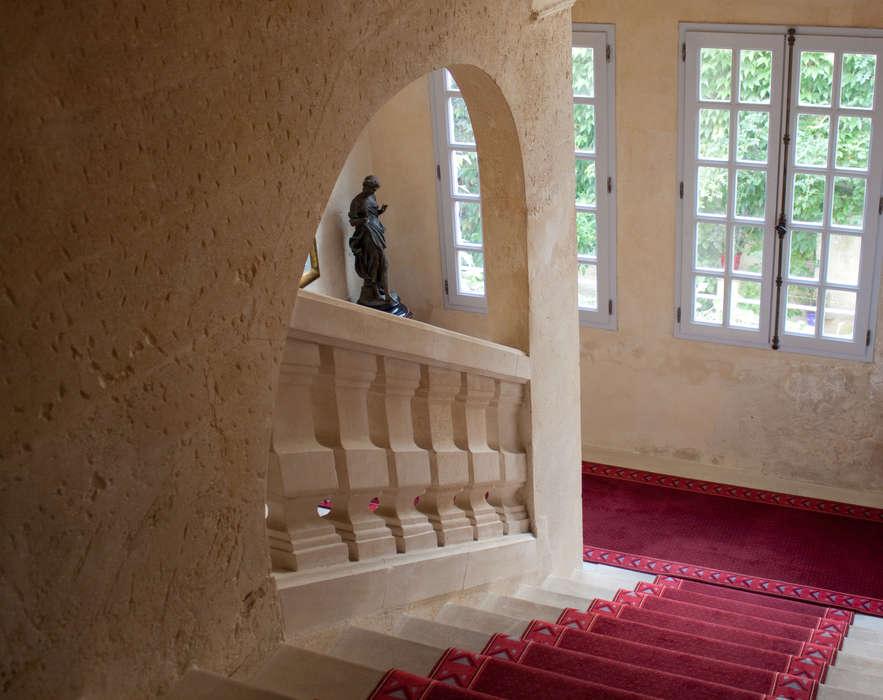 Villa Mazarin Aigues Mortes - Villa_Mazarin_escalier.jpg