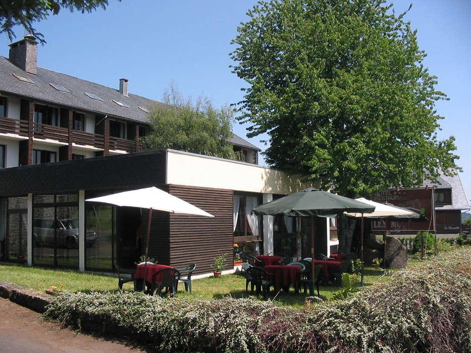 Hôtel Les Mouflons - Façade