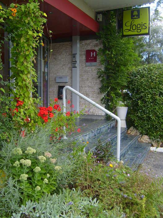 Hôtel Maison Carrée - entreehmc2.JPG