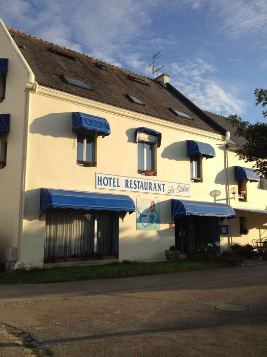 Hôtel Restaurant La Sirene - Front