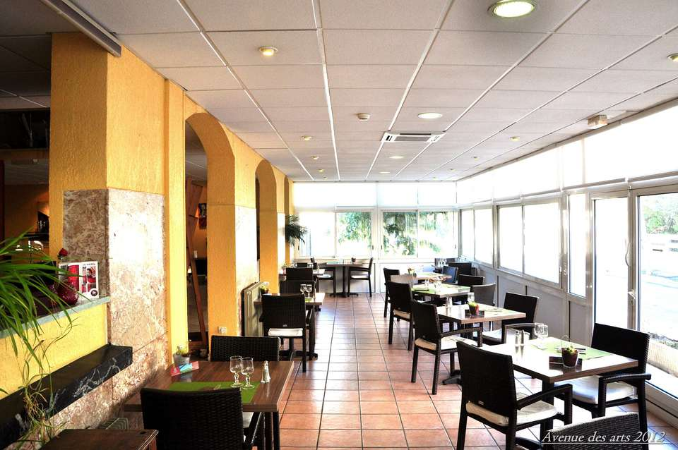 Hôtel Le Régina  - restaurant.jpg
