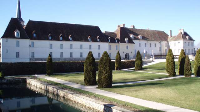 Chateau de Gilly - ANNELISEP