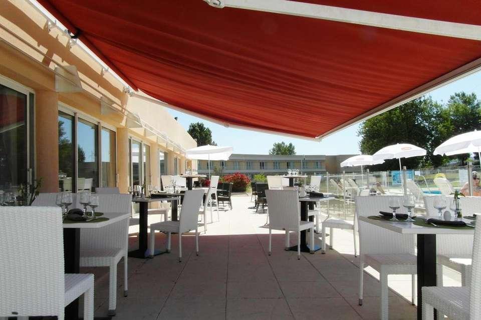 Hôtel Aix Sainte Victoire - terrasse_restaurant_ete.jpg