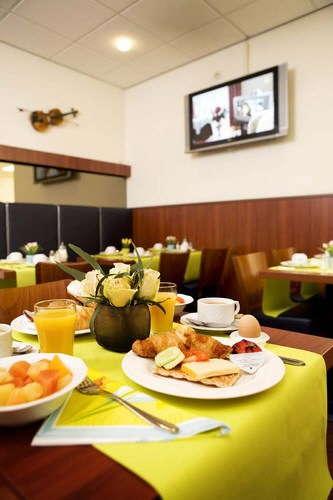 Hotel Beethoven - ontbijt.jpg