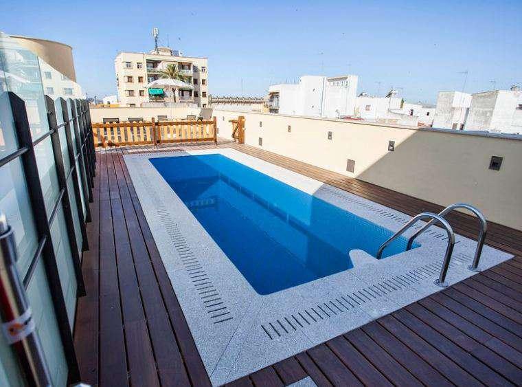 Hotel Asta Regia Jerez - Piscine extérieure