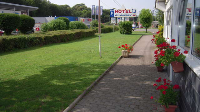 INTER-HOTEL Belfort Sud Le Louisiane - inter hotel le lousiane facade