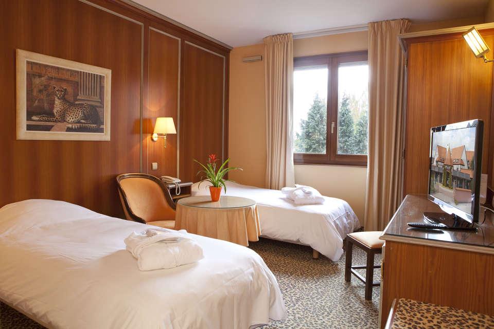 Hôtel l'Europe - Tradition_twin.jpg