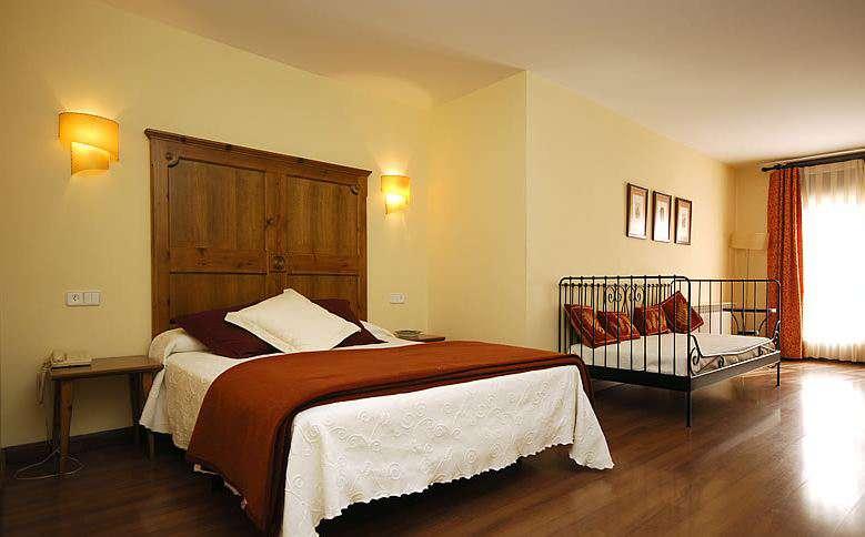 Hotel Pirineos - 18.JPG