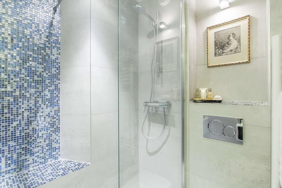 Hotel R. Kipling  by HappyCulture - Salle de bain
