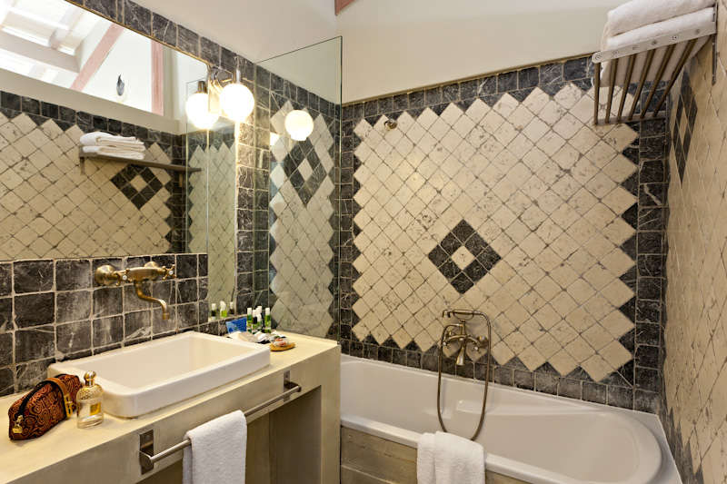 Les Arnelles - Salle de bain standard