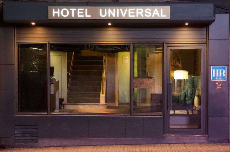 Hotel Universal Santiago Centro - Façade