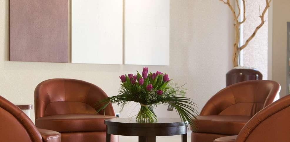 week end nouvel an bagnoles de l 39 orne avec d ner du r veillon du jour de l 39 an 5 plats pour 2. Black Bedroom Furniture Sets. Home Design Ideas