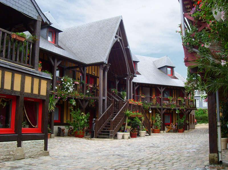Hôtel La Diligence - Front