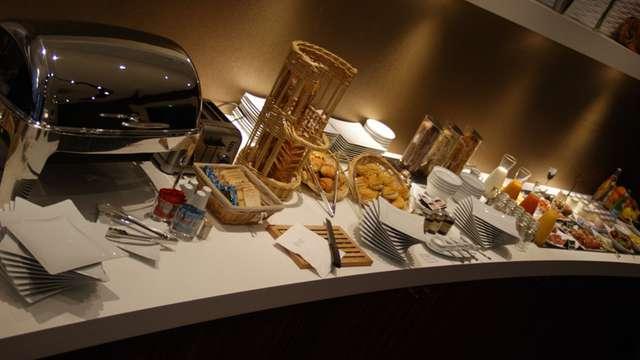 Hotel Francois Premier Cognac Centre - Buffet PDJ Francois Premier