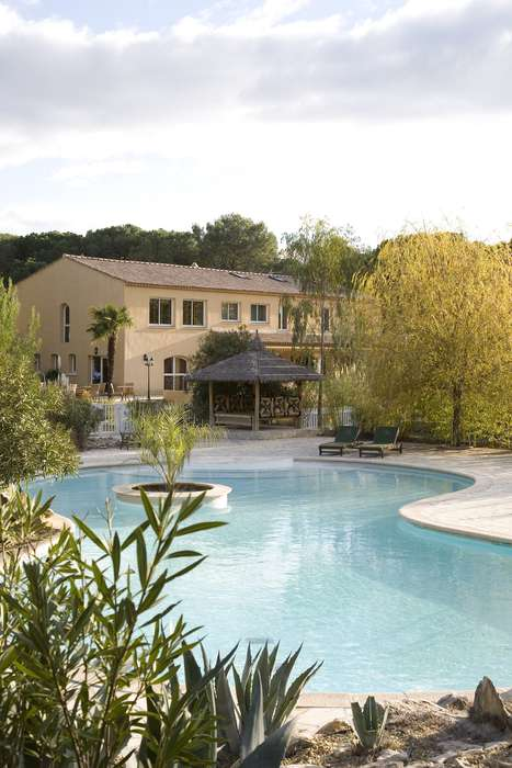 Hotel The Originals La Villa Vicha (ex Relais du Silence) - Outdoor swimming pool