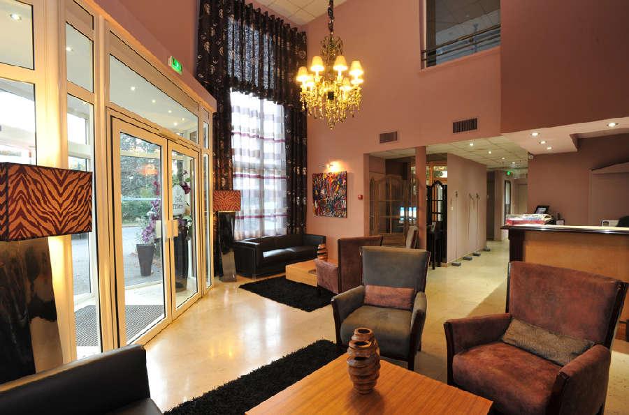 Hôtel Le Longchamp - Hall d'entrée