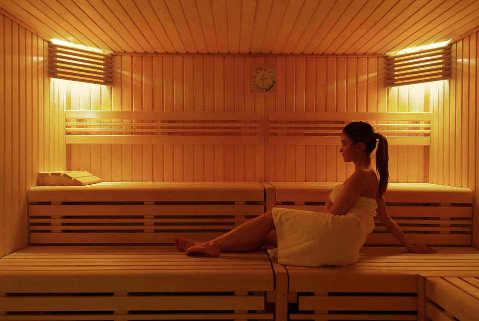 Vienna House Dream Castle Hotel Paris - sauna.jpg