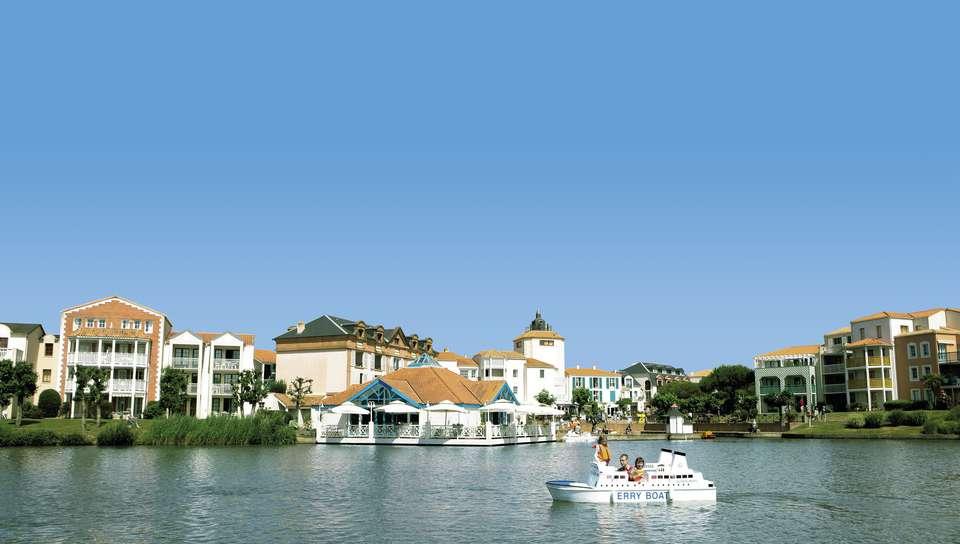 Pierre et Vacances Village Port Bourgenay - Vue de l'hôtel