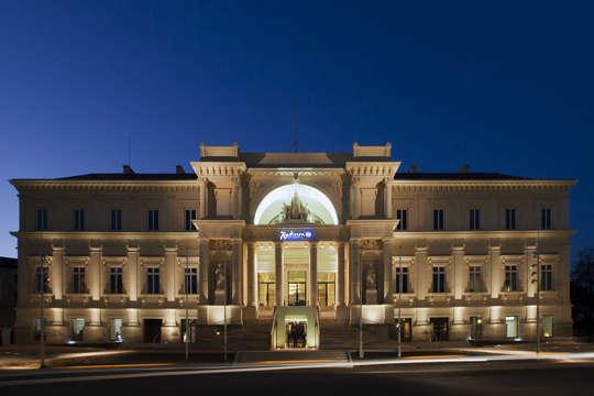 Hotel Radisson Blu Nantes - RADISSON BLU NANTES facade