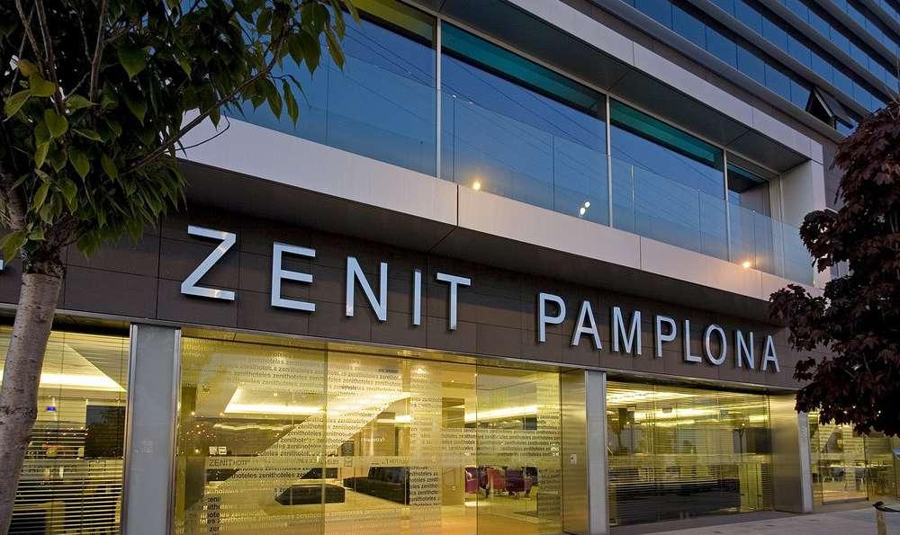 Hotel Zenit Pamplona - Façade