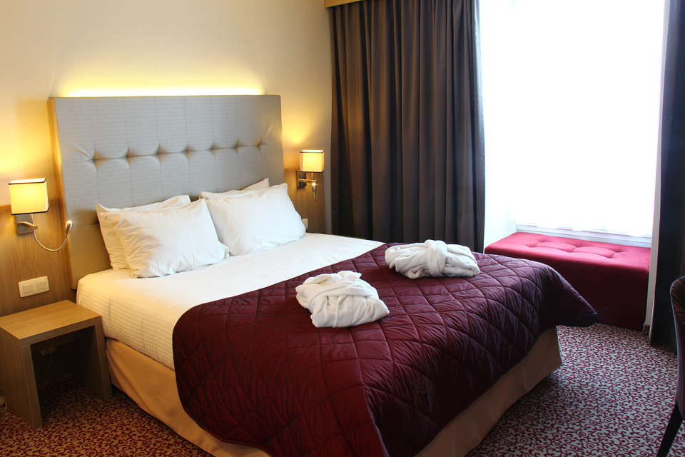 Marivaux Hotel - Club_Room_A.JPG