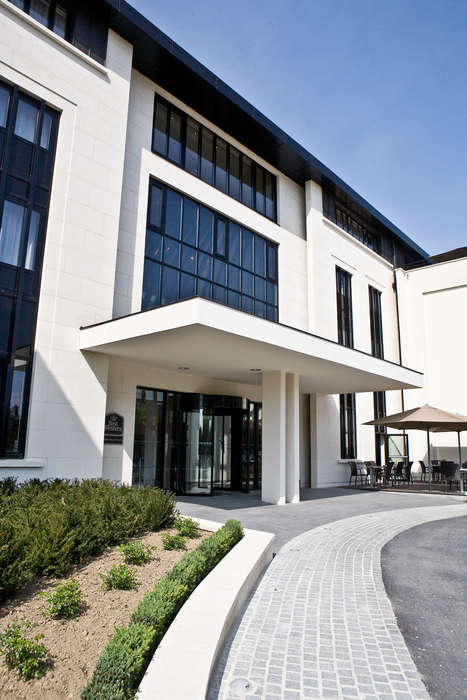 Best Western Hôtel des Francs - Exterieur_11.jpg