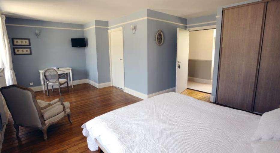 week end saint germain sur ay partir de 131. Black Bedroom Furniture Sets. Home Design Ideas