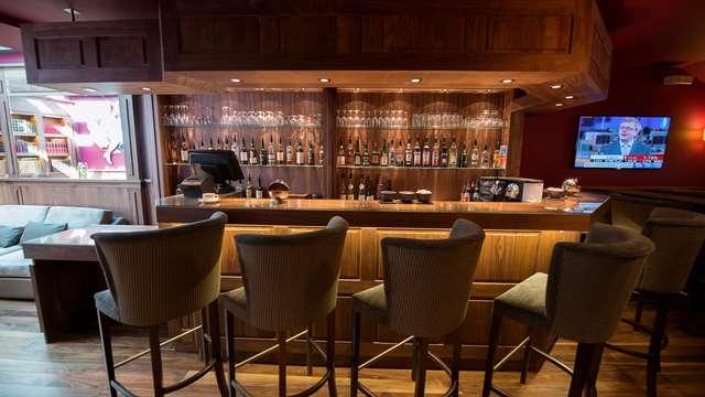 Best Western Cannes Riviera et Spa - bar-